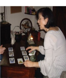 book-a-tarot-reading